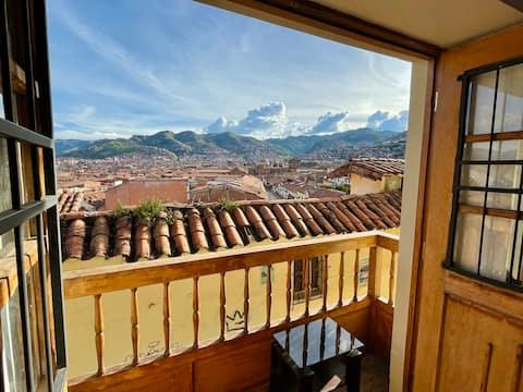 En pleno centro histórico del Cusco: Vista Balcón