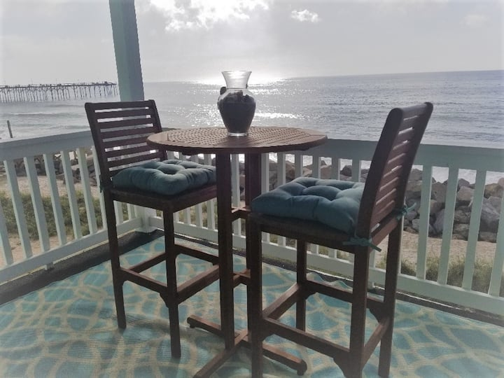 Oceanfront Condo  Air purifiers in all our condos
