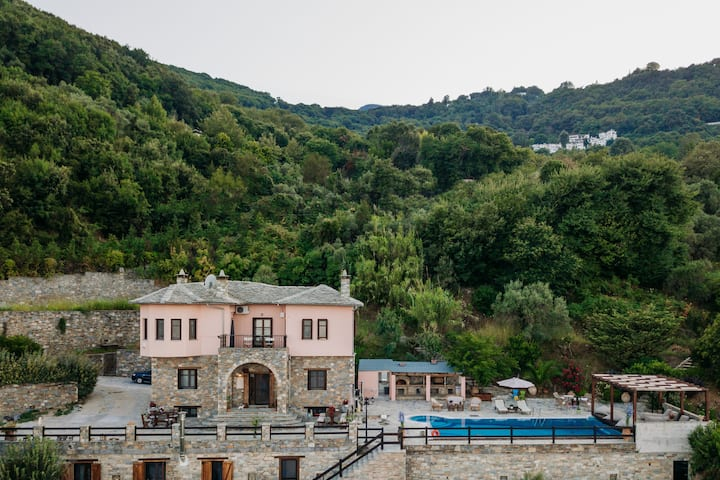 Elysian Luxury Villa in Pelion