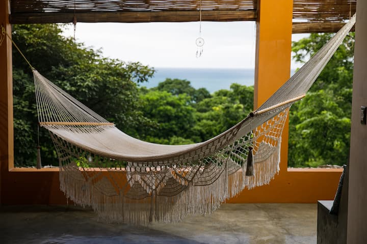 Casa del Arte - Surf & Yoga house