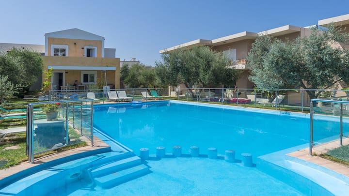 Cozy House with Pool Near the Sea , ''Elea 3''