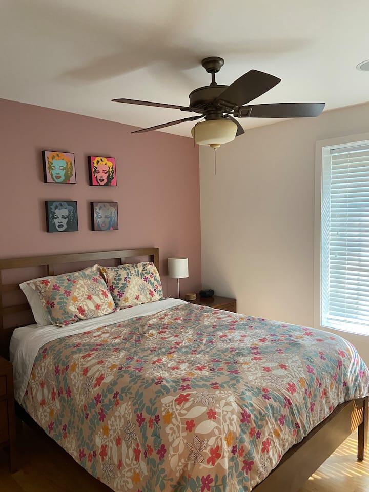 One Bedroom Condo next to Loyola University