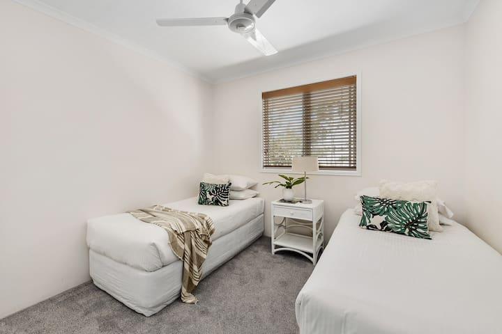 Villa Twin Single Bedroom