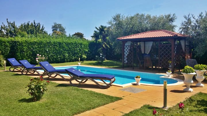 Villa Amedeo Umag with pool & garden, Wifi