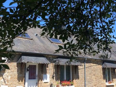 Lovely cottage in rural France
