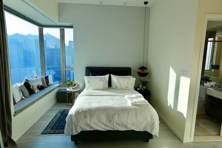 New Luxury Modern Chic 1 BR Apt Wanchai by MTR