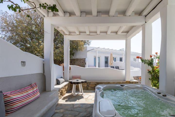 Superior Suite. Garden/ Sea View, terrace Hot Tub.