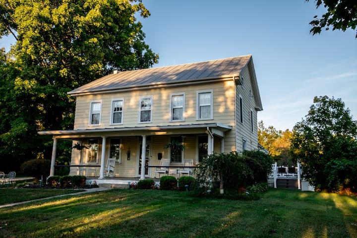 Smith Farmhouse a Modern Countryside Getaway
