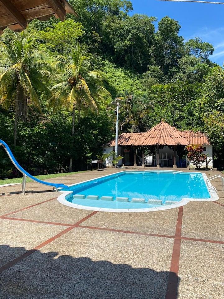Hermosa Finca de descanso en Doradal (Antioquia)