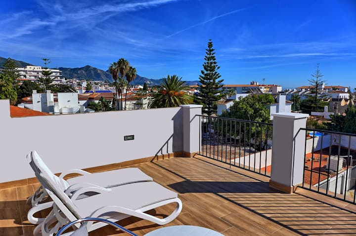House-Private Garden & Roof Terrace-Nerja Old Town