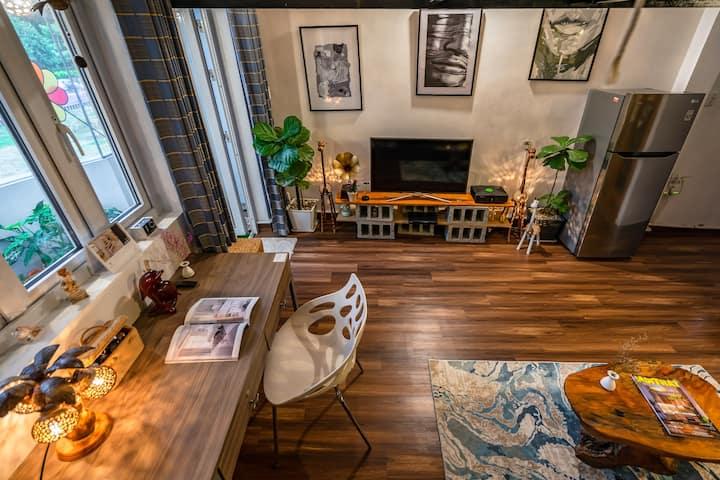 Newly Refurbished - Loft Apartment