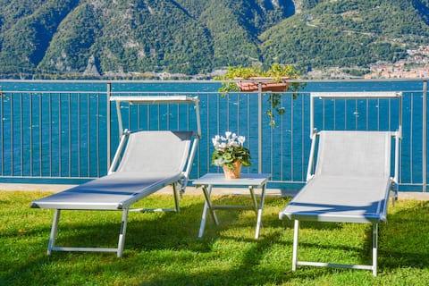 Bellagio Villas Norma met terrassen aan het meer