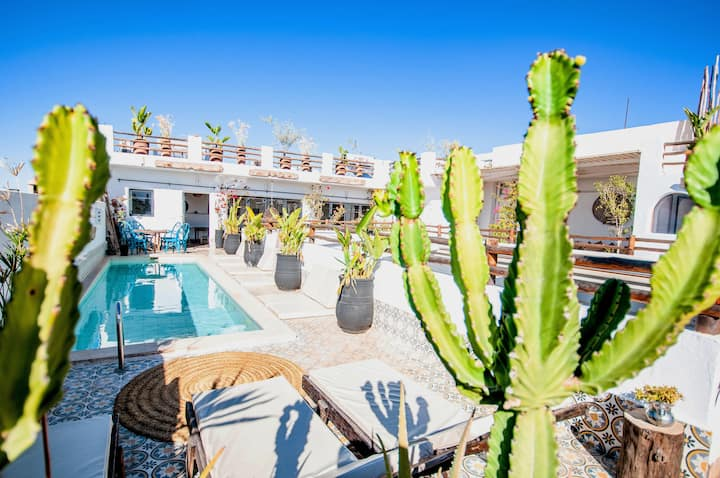 Authentic RIAD - Heated Pool on the Roof