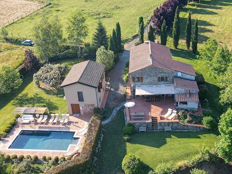 Exklusives Landhaus I Ginepri, 13 Personen, mit Pool