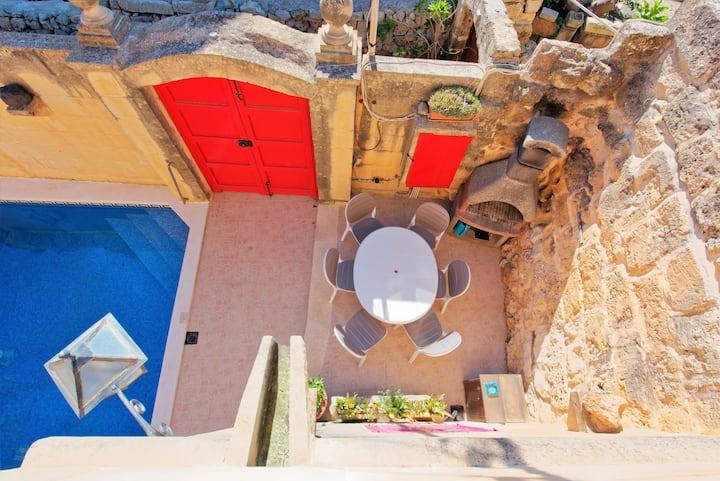 Gozo F/house in Xaghra, Pool & AC