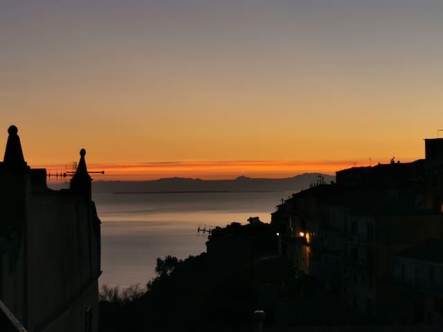 Elba Capoliveri piazzetta vista mare