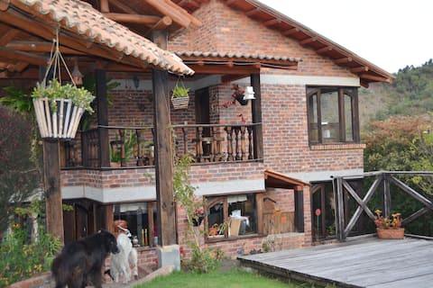 """Cabaña Campestre """"Casa Loma"""""""