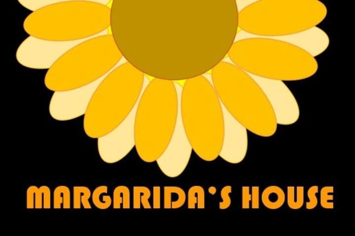 Margarida's House - Quartos. Suites. Casa inteira.