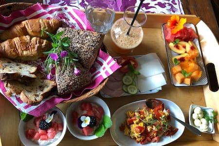 Ecologisch zwembad en luxe ontbijt