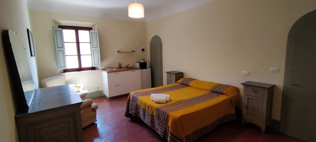 Contessa, double room with kitchenette and ensuite bathroom