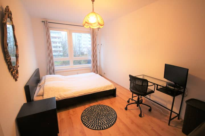Ideal Room for Couples Close to the City Center
