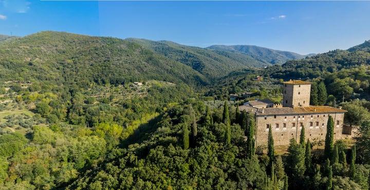 Medieval castle-Suite 4+2 (90 sqm) - Florence 15km