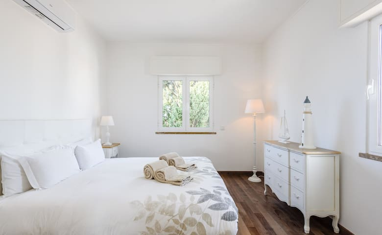Second bedroom with 2 windows, big bed 1,60*2,00 metres with high quality memory form mattress.
