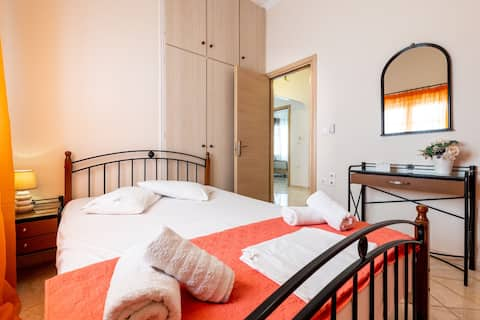 Room for 1 or 2 at Lomvardou Hostel