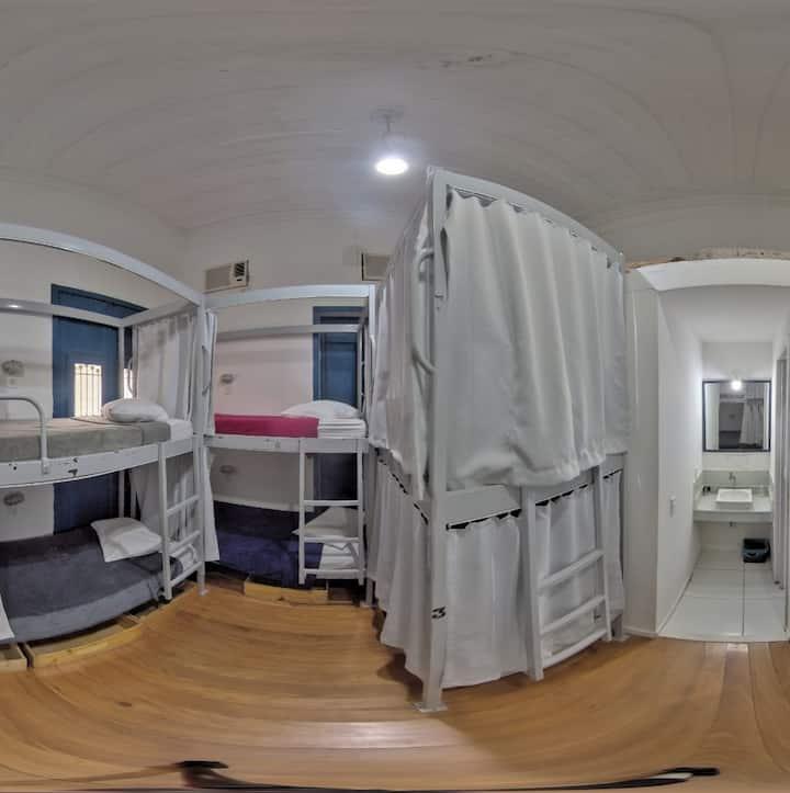 Caribé - 8 Bed Mixed Dorm