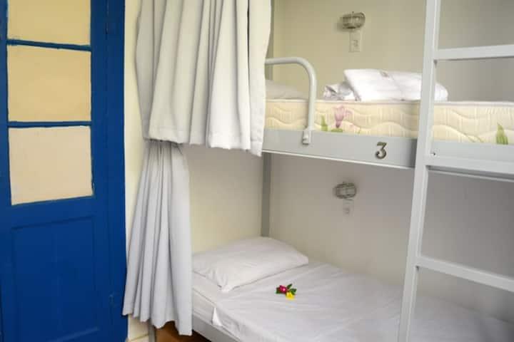 Fernando Bessa - 6 Bed Mixed Dorm