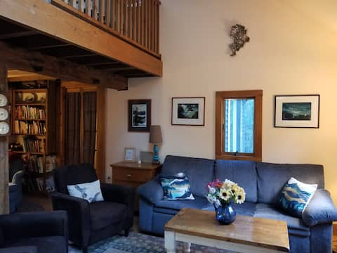Acadia Getaway House, bike & run to Carriage Roads