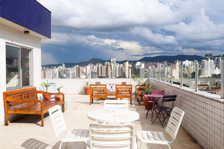 ★ Spacious 4BD Penthouse | Stunning Views