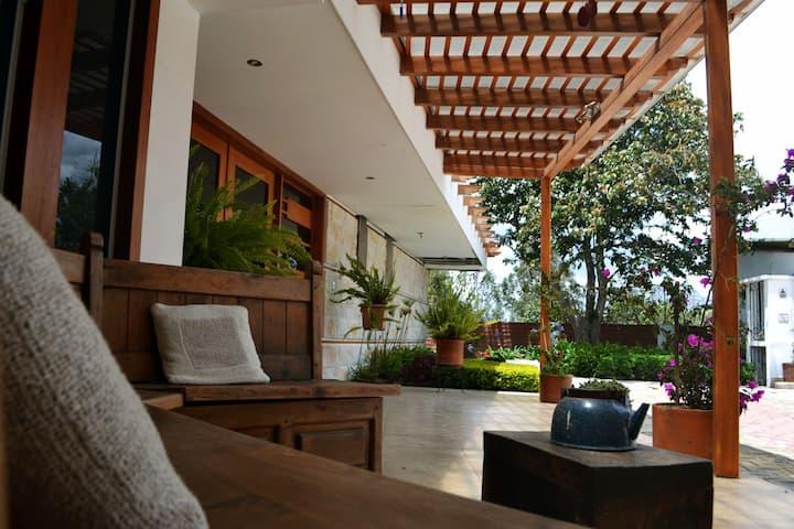 Hotel Casa del Viajero Quito Hermoso hotel/Casa