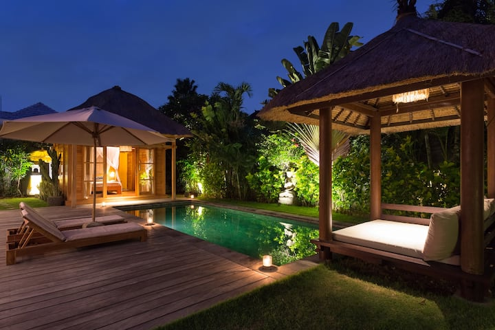 Modern Balinese 3 bedrooms villa in Canggu
