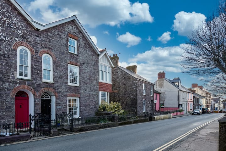 44 High Street - stunning house central St Davids