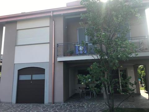 Trilocale in Villa
