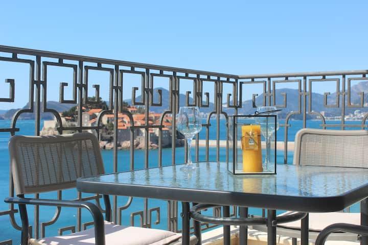 Romantic escape Sveti Stefan Beach Stunning view