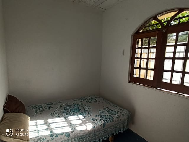 frontbedroom with direct sea view