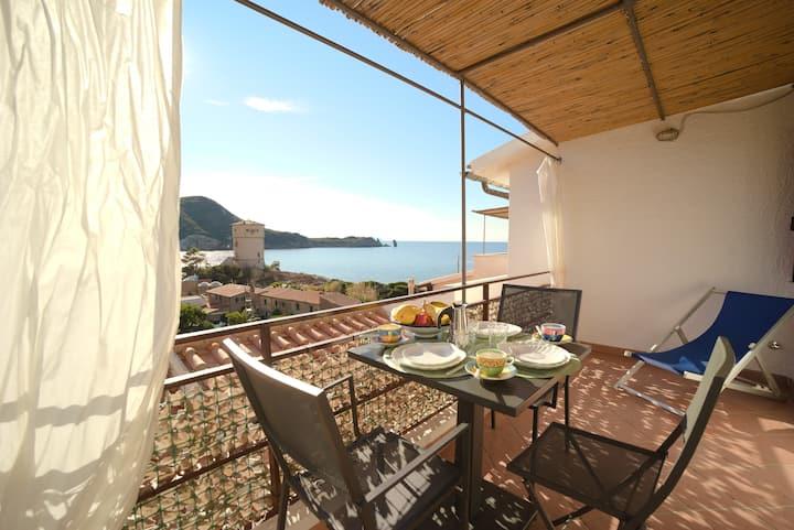 Villa Manzoni – Calburgina apartment (Sea View)