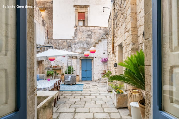SALENTO GUESTHOUSE-ENTIRE HOUSE up to 10 people