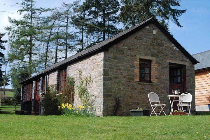 Aberyscir Coach House Brecon Beacons Rural Retreat