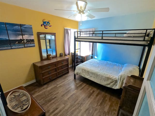 The 2nd bedroom has a set of bunkbeds, Full size on the bottom and Full size on top.