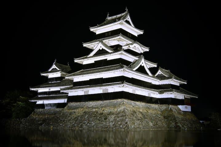 Let's enjoy Hakuba Ski Resort & Matsumoto Castle.