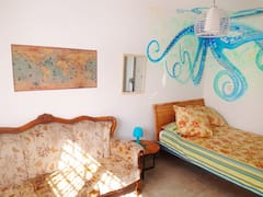 5+min+from+the+beach%2C+Huge+Vintage-Nautical+design
