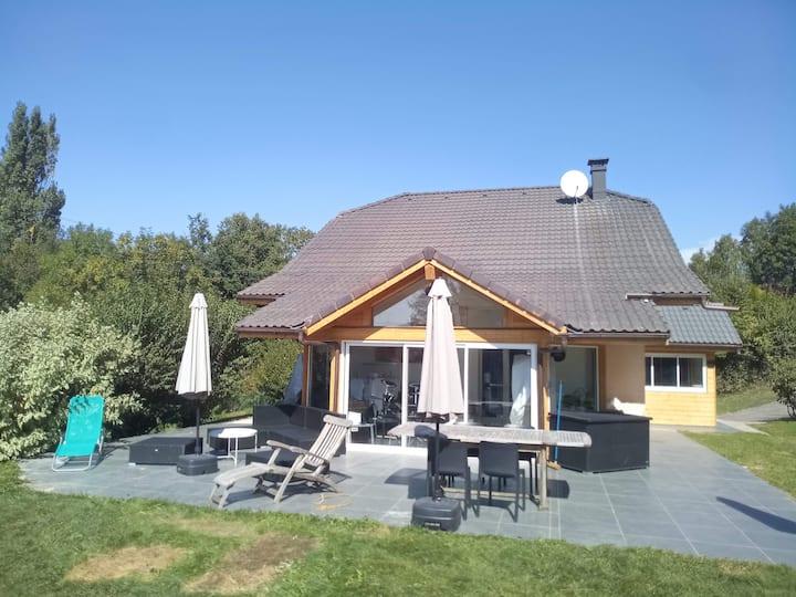 Grande maison au calme proche Genève et Alpes