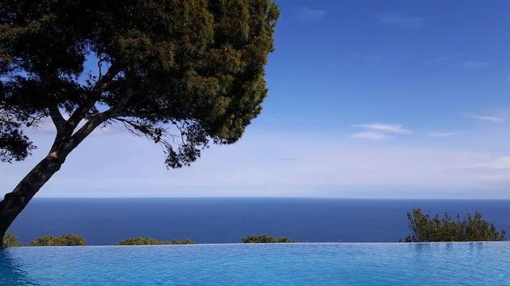Luxury villa, sea views, heated pool - Begur