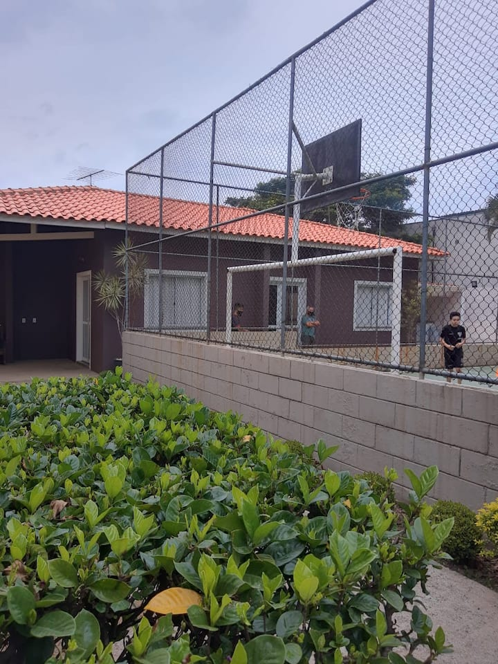 Casa Toda em condomínio fechado, Granja Viana