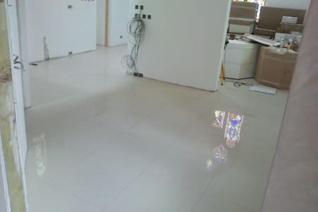 The tiled ground floor was completed and structure added afterwards so the  floor of the chapel is utterly smooth.
