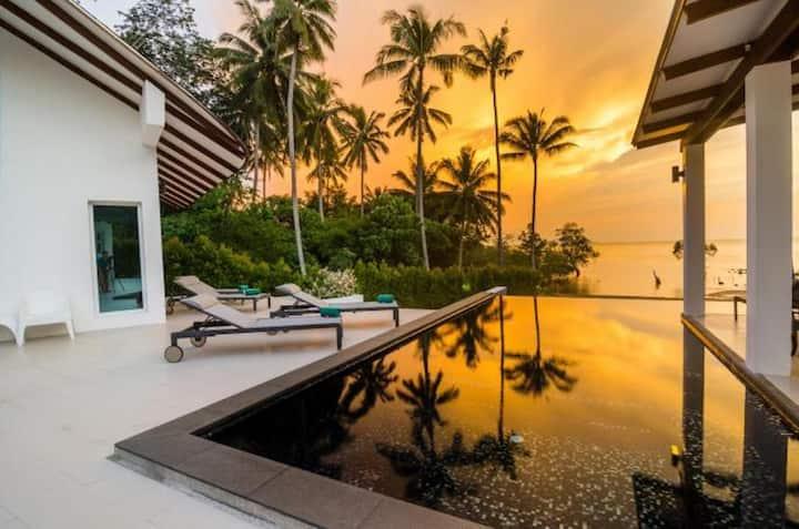 Krabi Beach Front Villa near AoNang