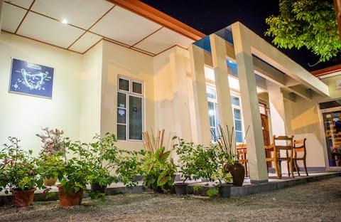 CHARMING HOLIDAY LODGE- Addu Atoll Meedhoo